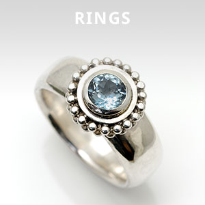 Alice Robsons Ring collection