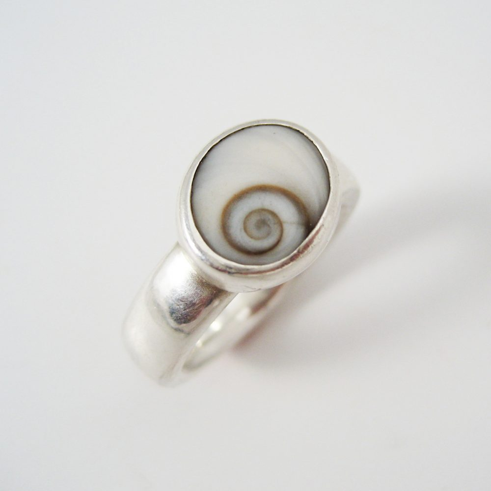 student project ring with shell setting