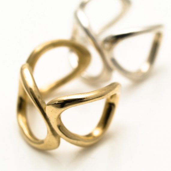 9ct yellow gold link ring