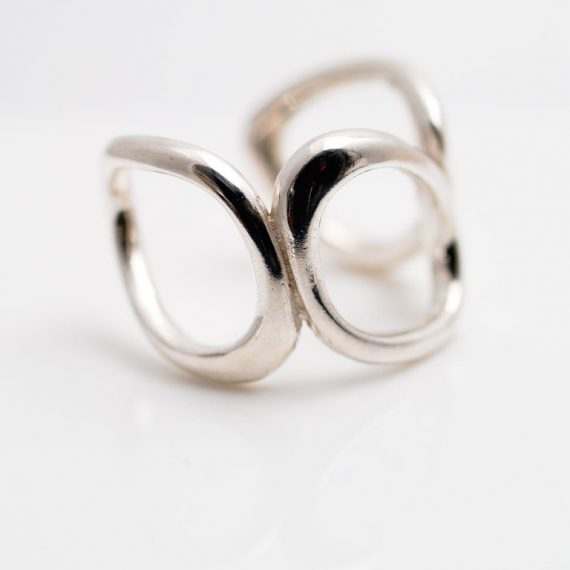 silver 3 link ring