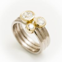 18ct white and yellow gold ring with 3 diamonds