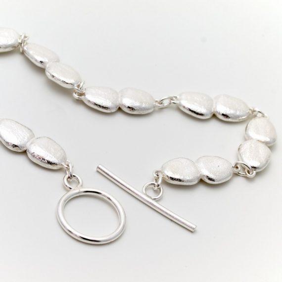 Silver continuous pebble bracelet