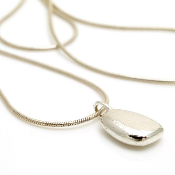 silver oval pebble necklace