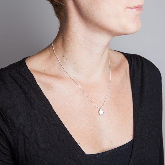 Medium oval silver pebble necklace