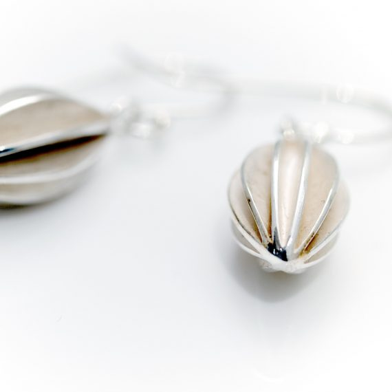 Medium silver pod drop earring