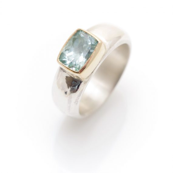 Wide silver ring with cushion Aquamarine
