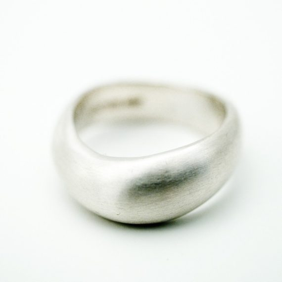 Chunky silver wave ring