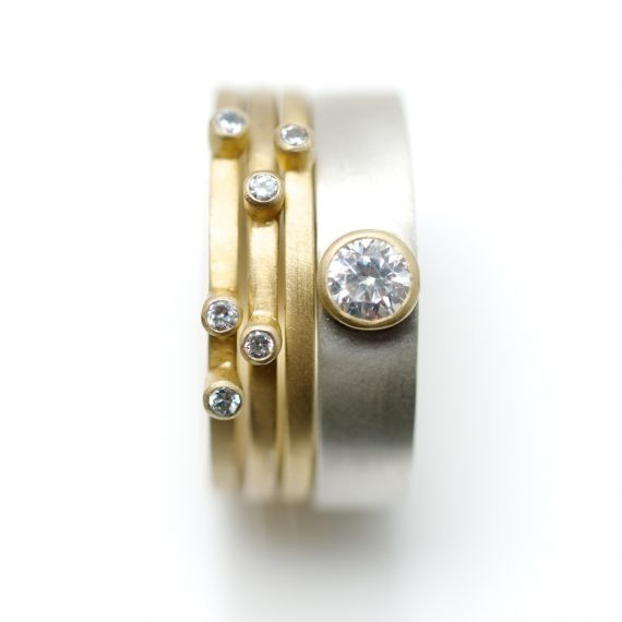 3 square 18ct gold rings with scattered diamonds with 18ct white gold ring with single 4mm diamond set in contrasting 18ct yellow gold