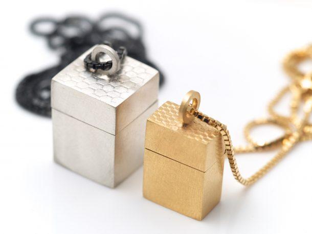 micro wearable boxes lockets pendants