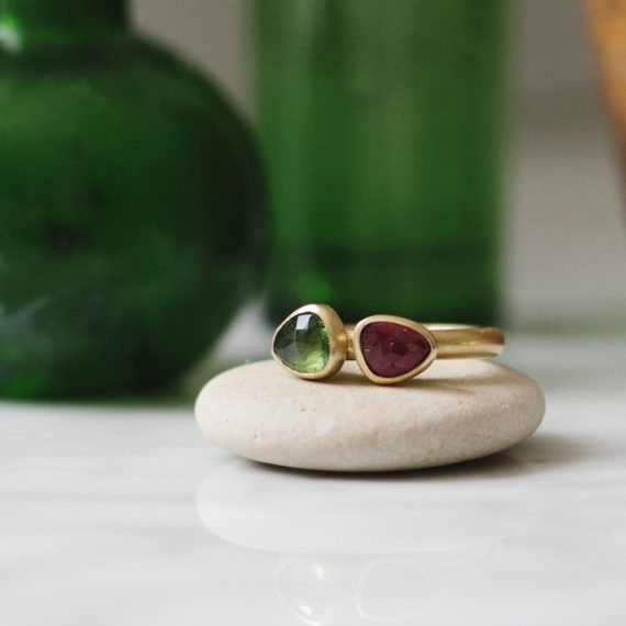 9ct gold ring with Rosecut tourmaline pink and green