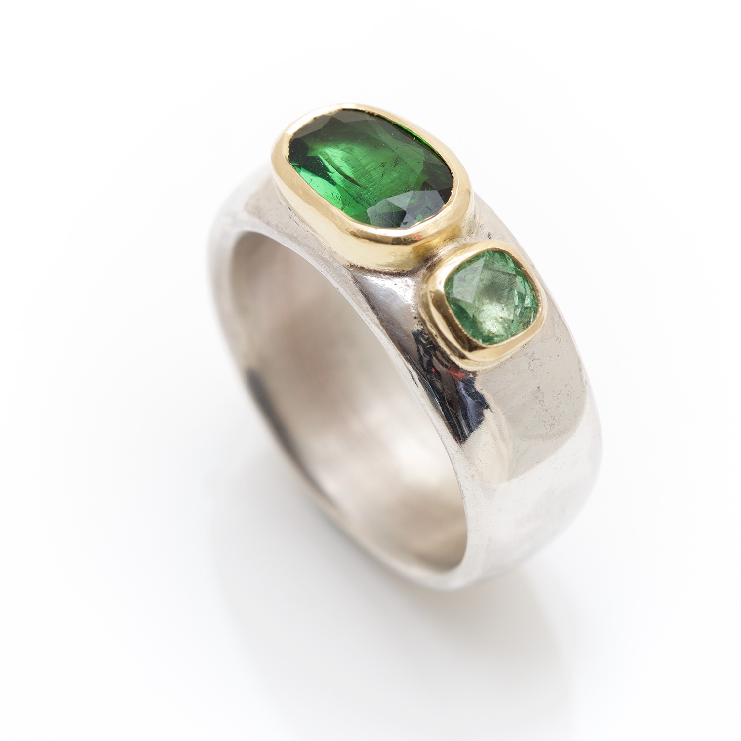 and garnet attachment lusine by ring prive faith jewellery january realm rings birthstone of omi tsavorite gem