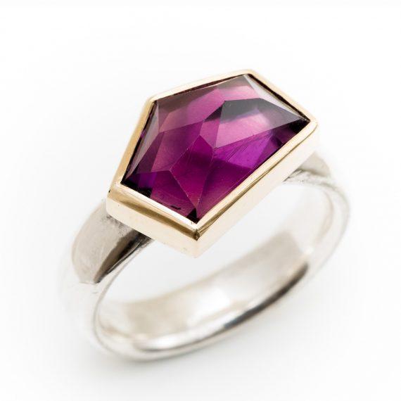 Geometric Amethyst ring