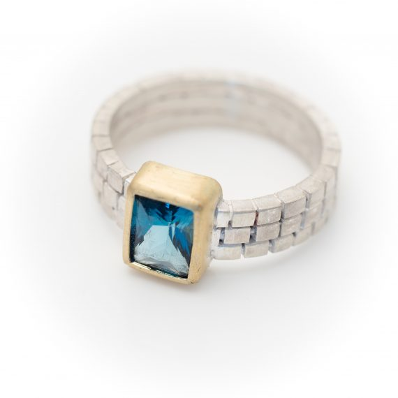 cube ring with Topaz