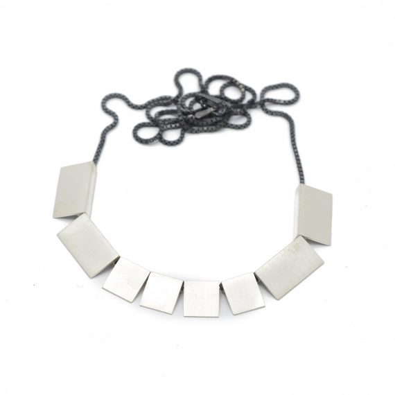 continuous squares short necklace