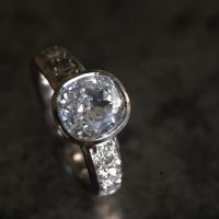 18ct white gold with Old cut diamond ring