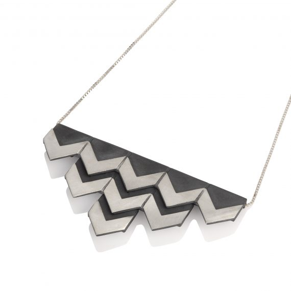 triple row silver zigzag necklace